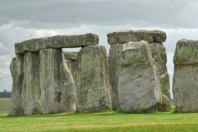 stonehenge-1314998_640